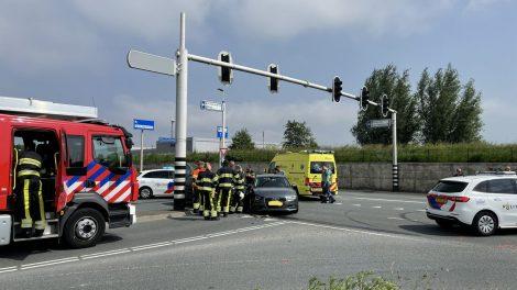 Gewonde bij botsing tussen twee auto's in Leeuwarden