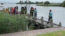 Drie personen te water na kapseizen zeilbootje bij Terherne