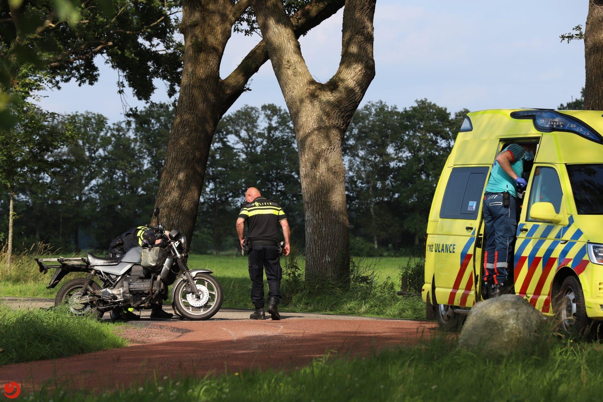 Motorrijder gewond bij eenzijdig ongeval Nijeberkoop