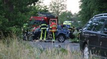 Automobilist heeft engeltje op schouder bij ongeval in Nijemirdum