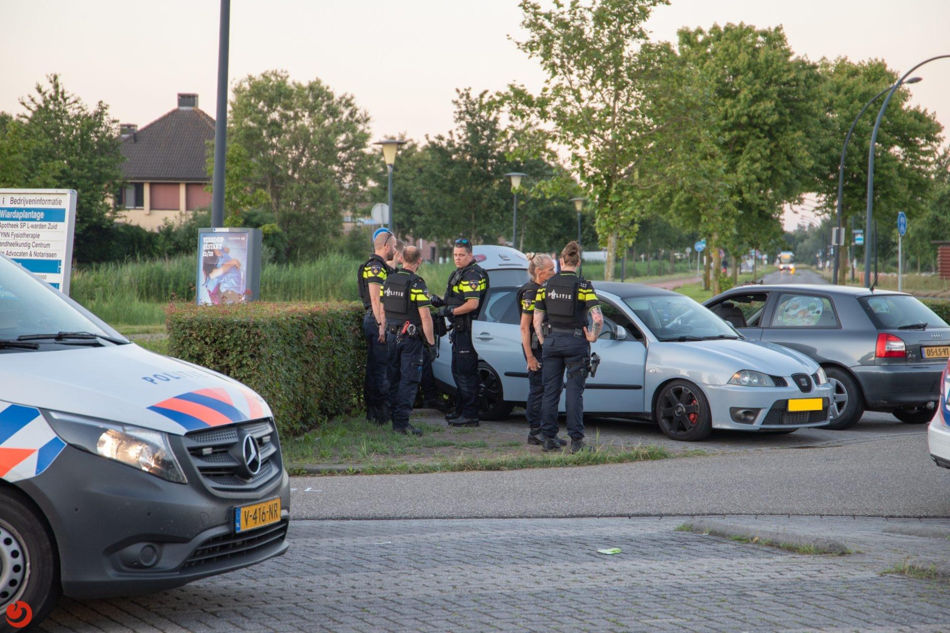 Aanhouding vanwege mogelijk vuurwapen in Leeuwarden