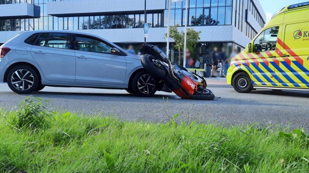 Motorrijder geschept door auto in Drachten