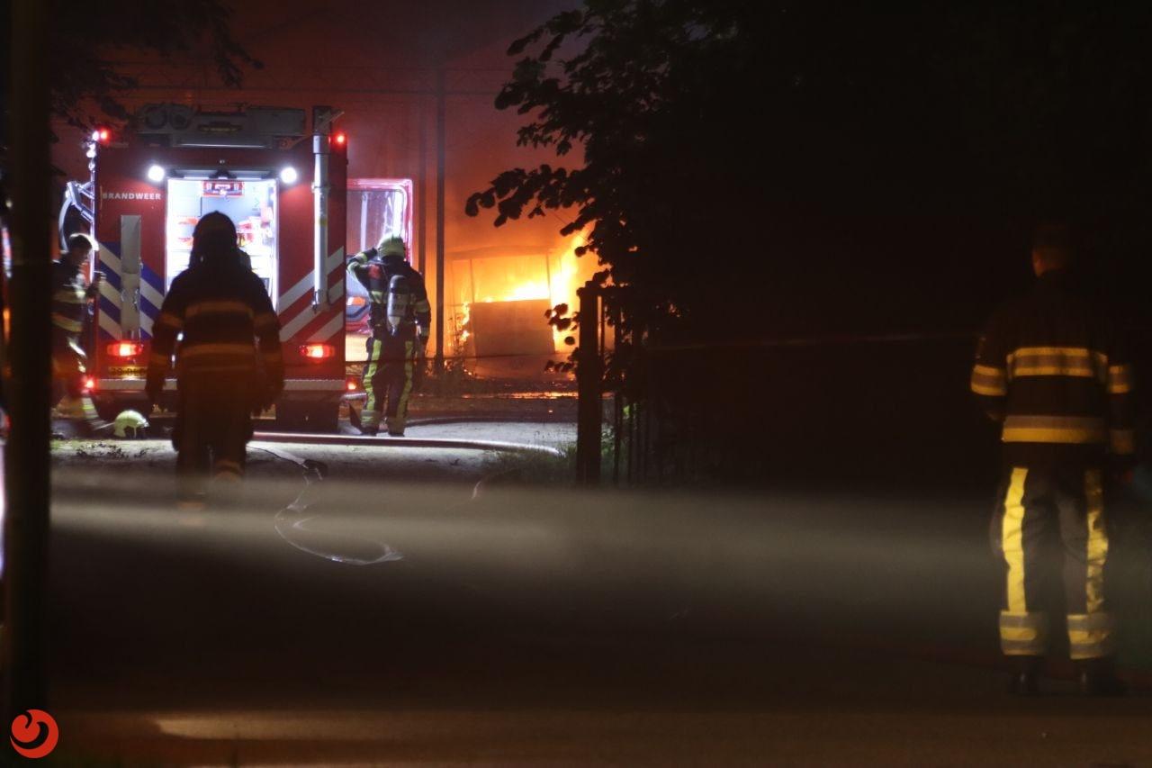 Twee caravans verwoest door brand op camping in Leeuwarden