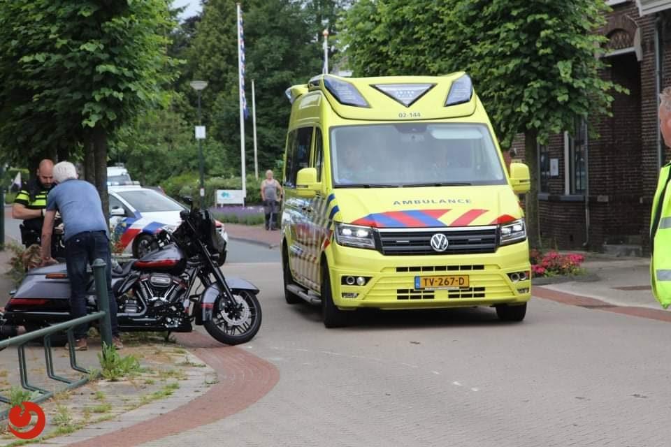 Motorrijder gewond bij aanrijding in Lippenhuizen.