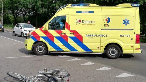 Fietsster gewond bij ongeval in Jistrum