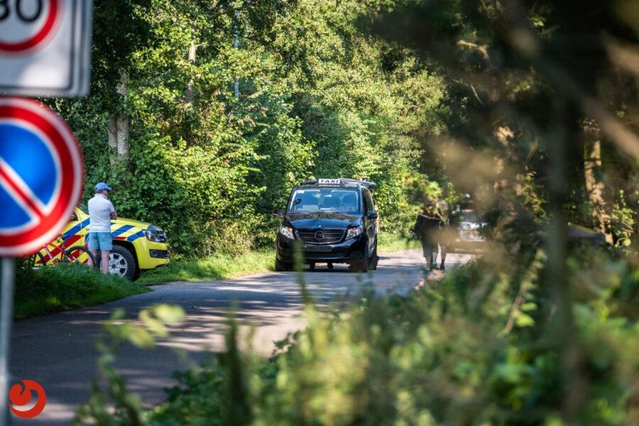 Fietser gewond bij aanrijding met taxi op Terschelling