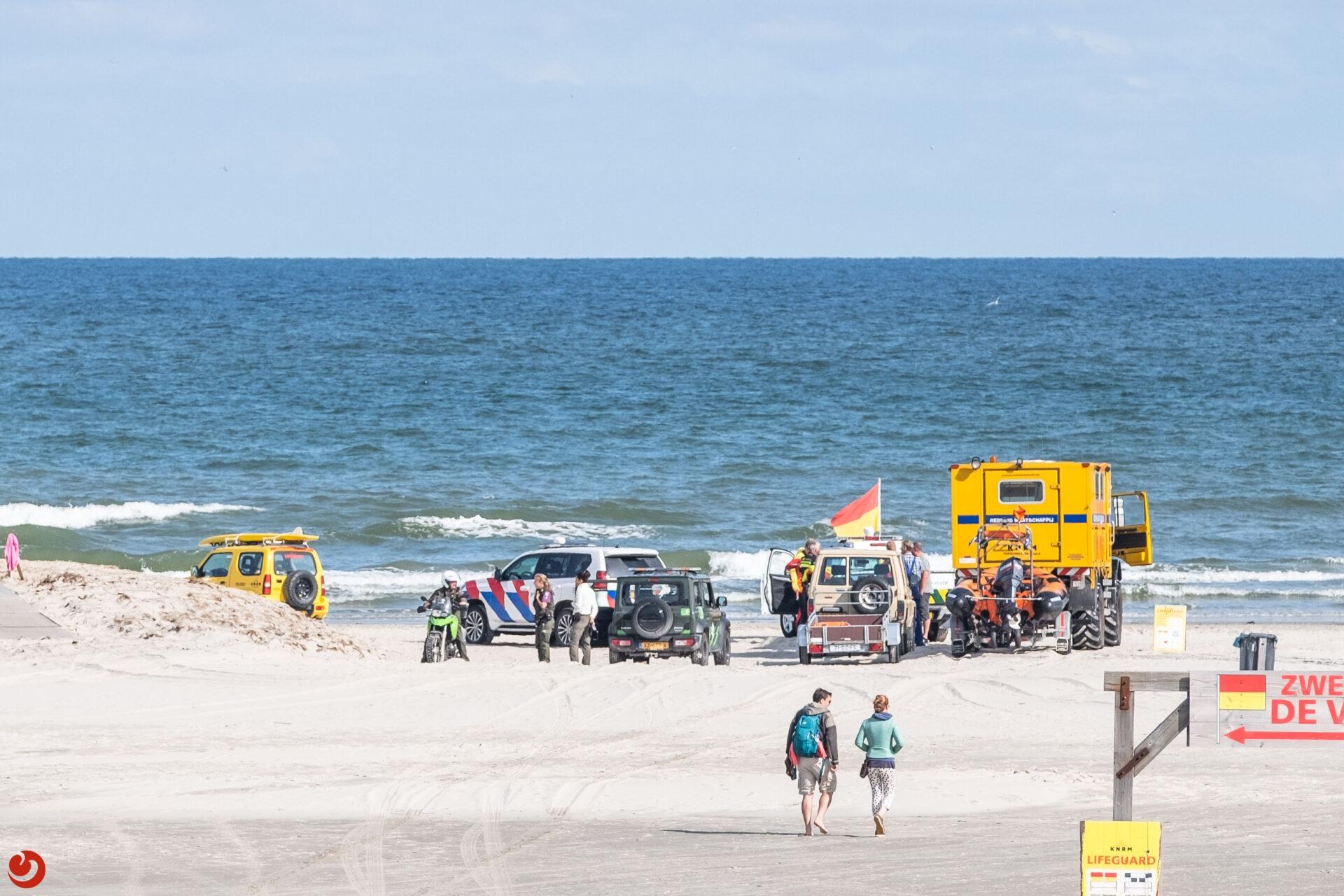 Aangespoelde lichaam op strand Terschelling van overboord geslagen man cruiseschip