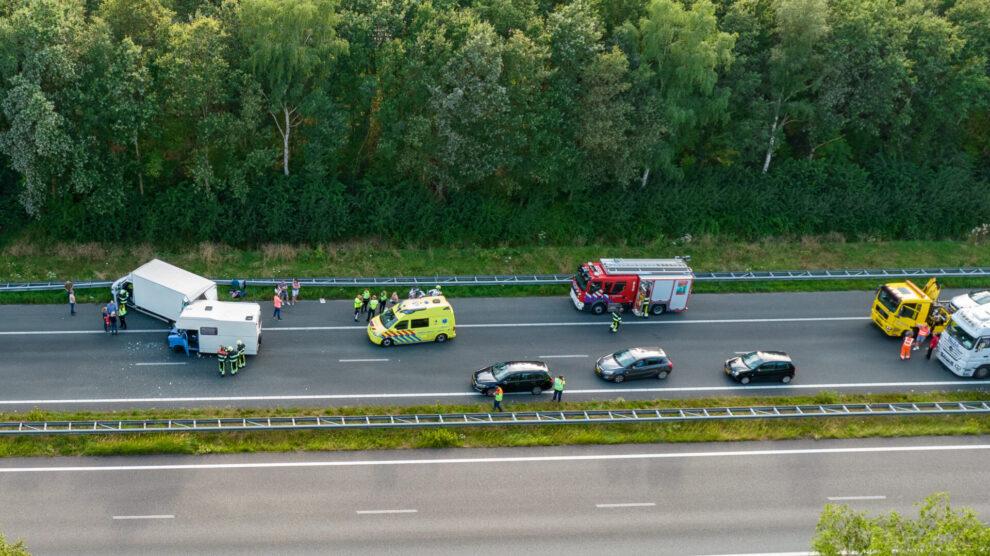 Gewonde bij ongeval; A32 bij Peperga enige tijd dicht