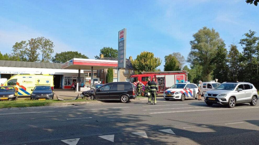 Forse schade bij ongeval op Rijksstraatweg Jistrum