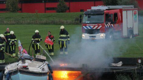 Steiger opnieuw in brand; man aangehouden in Dokkum