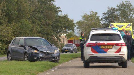 Forse schade aan auto's door aanrijding bij Bornwird