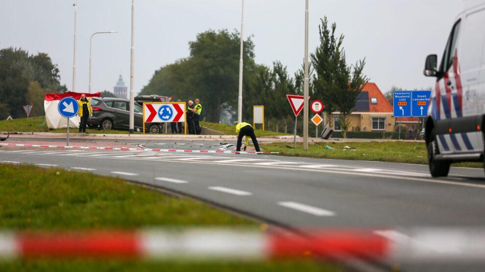 Dode en drie gewonden bij zwaar ongeval in Sneek