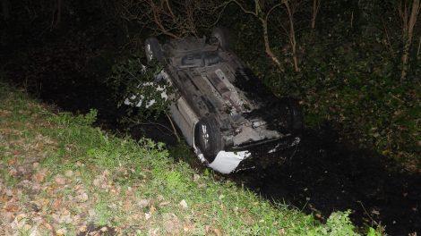 Twee gewonden bij eenzijdig ongeval in Tzummarum