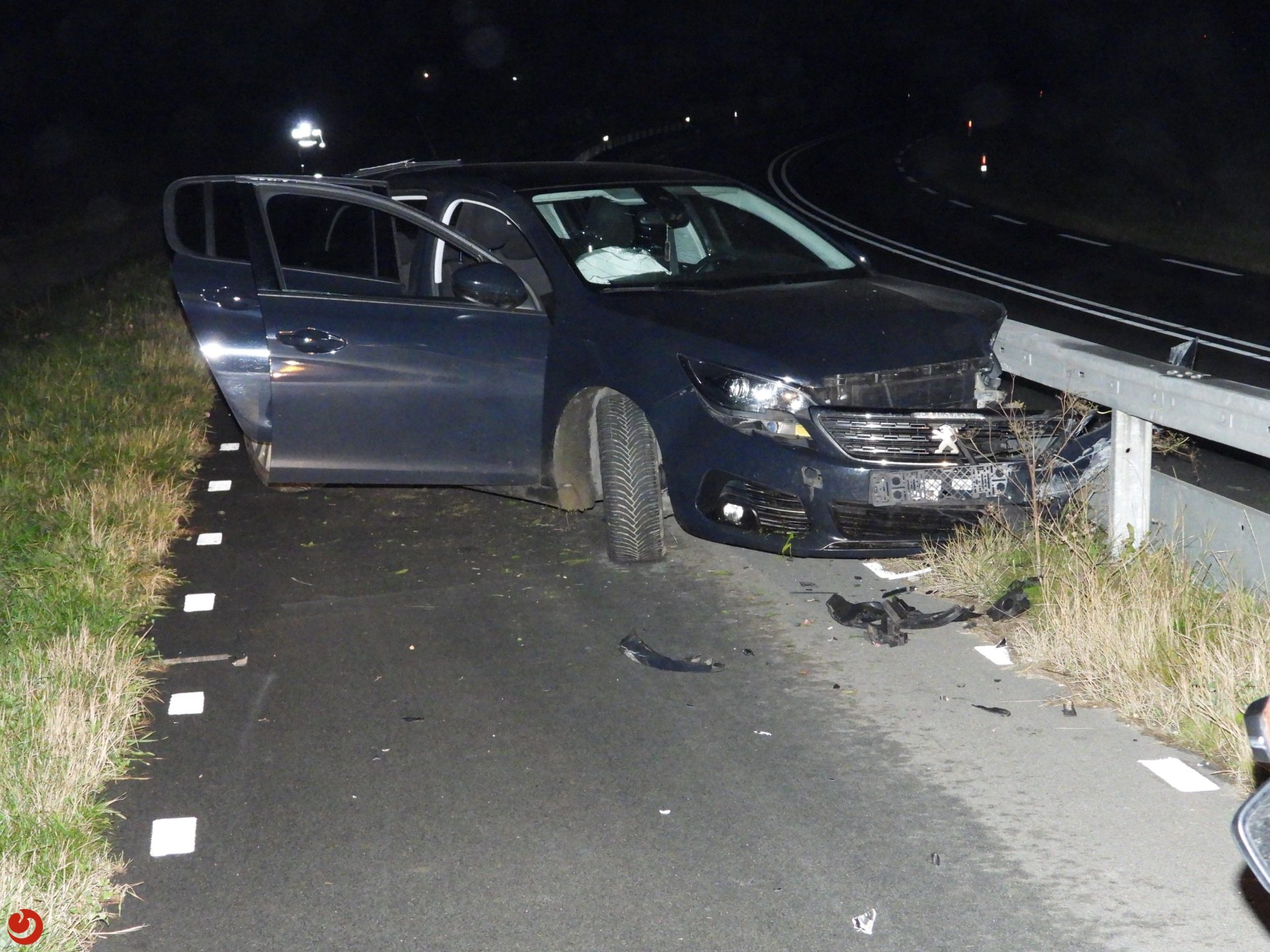 Inzittenden gevlucht na eenzijdig ongeval in Tzummarum