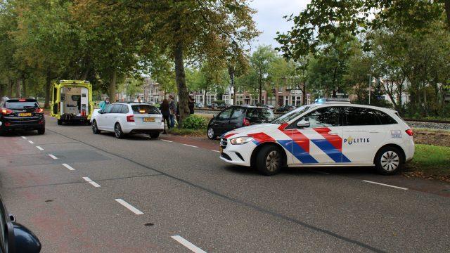 Fietser gewond na botsing met auto in Leeuwarden