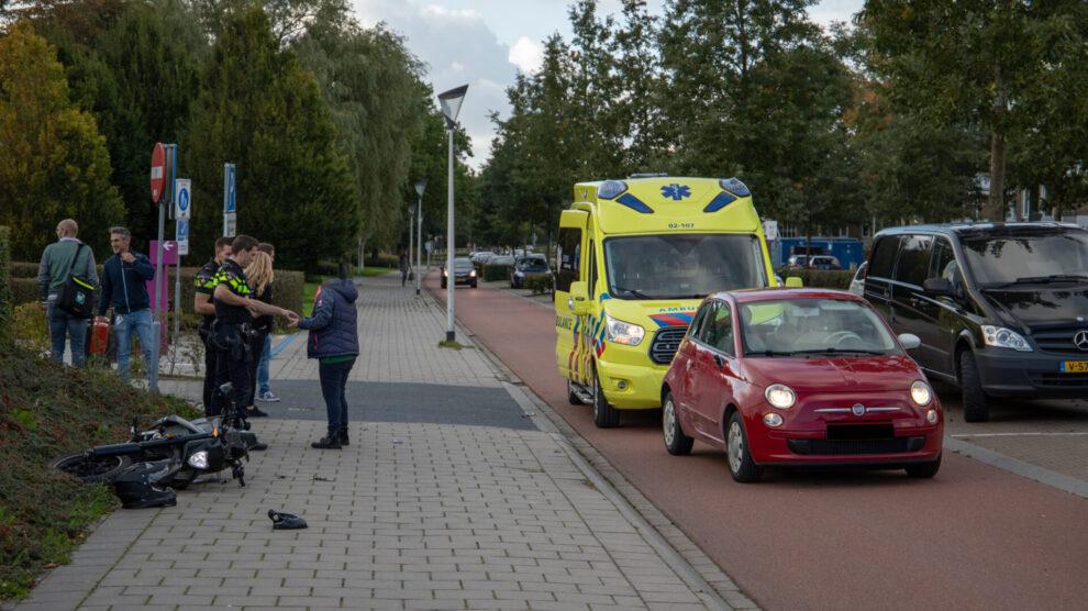 Bromfietser gewond na botsing met auto in Leeuwarden