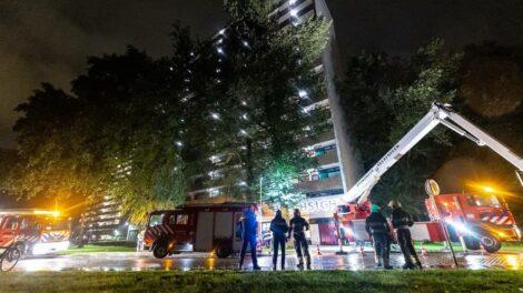 Brand op 8e verdieping van flat in Heerenveen; bewoner gewond