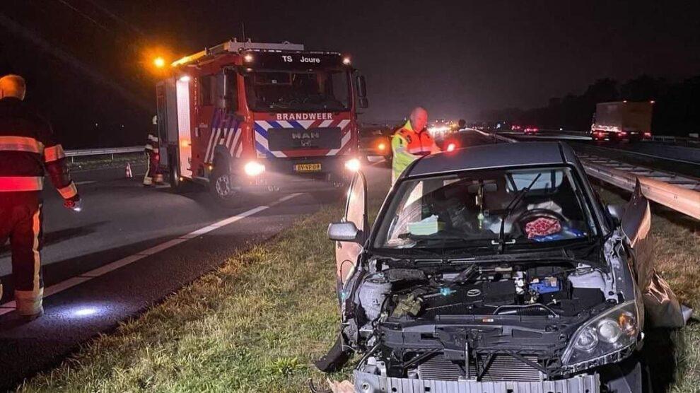 A7 richting Heerenveen tijdelijk dicht door ongeval bij Haskerhorne
