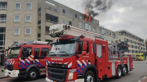 Persoon overleden bij uitslaande brand in flatgebouw Drachten