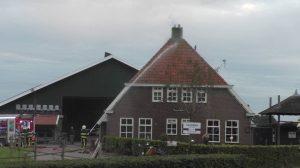 Schoorsteenbrand in Hoornsterzwaag zorgt voor veel rook